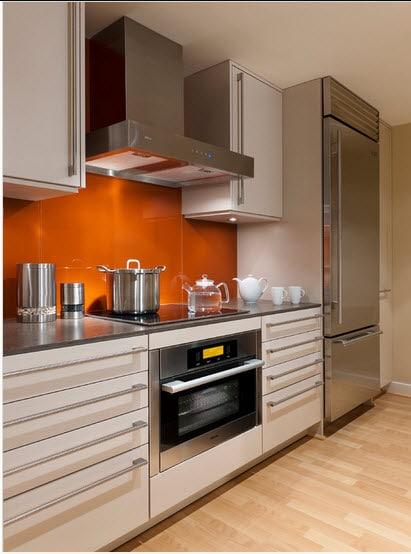 Dise o de cocina peque a con ideas y fotos construye hogar for Cocina comedor chico