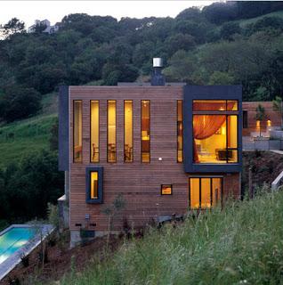 Diseño de casa ubicada al centro de un cerro