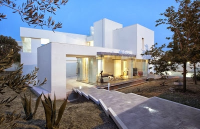 Fachada de casa pasiva consumo bajo de energía