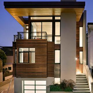 Fachada de casa de madera