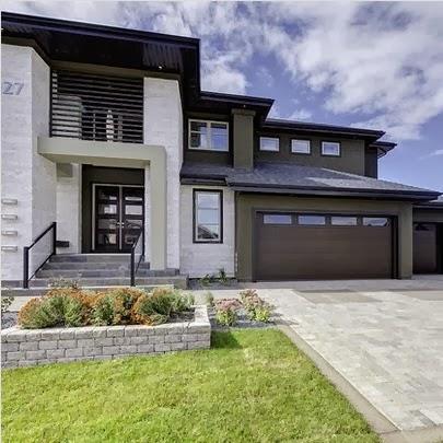 Fachadas de casas de lujo dise o l neas y estilos fotos for Fotos de casas modernas con tejas