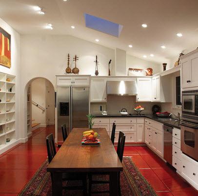 Diseño de cocina con piso en color rojo