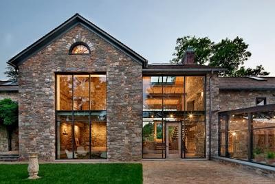 Diseño de fachada de piedra en casa rústica-remodelación