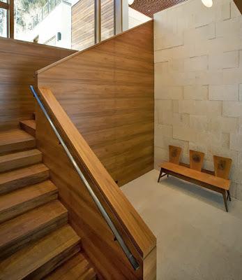 Diseño de la escalera de casa moderna climas frios