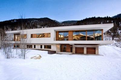Fachada de casa moderna para climas frios