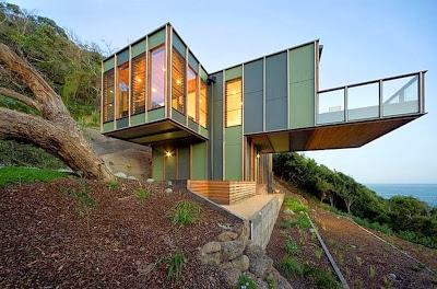 Diseño de fachada de casa árbol moderna
