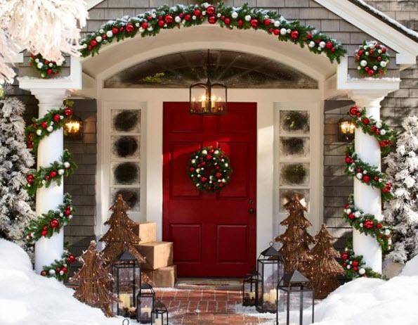 Decoraci n de navidad en fachadas de casas construye hogar - Adornos navidenos casa ...