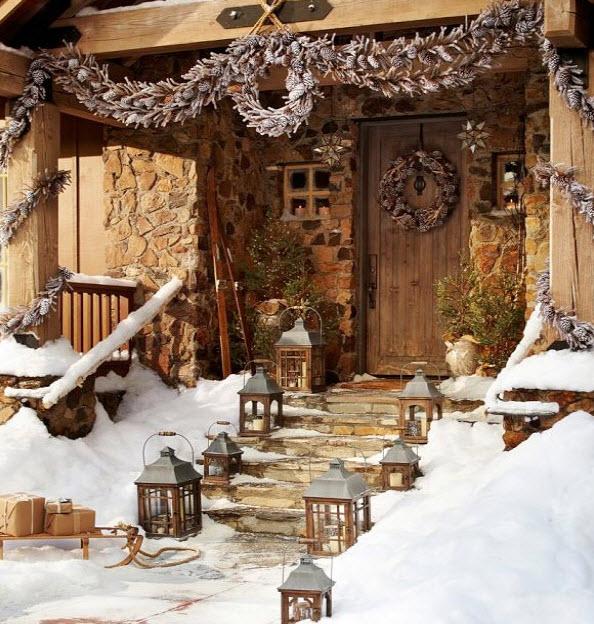 Decoraci n de navidad en fachadas de casas construye hogar for Decoracion de porches rusticos