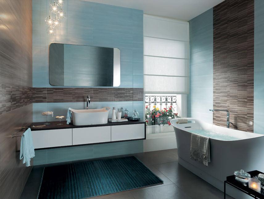Diferentes tipos de baldoas en cuarto de baño