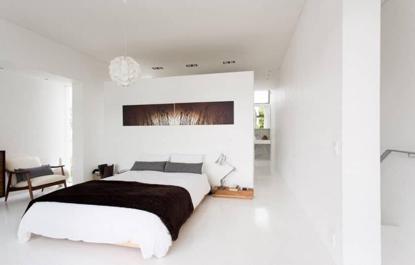 Dise o de casa angosta fachada y dise o de interiores for Diseno de interiores recamara principal