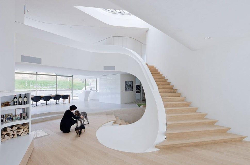 Diseño de casa ultra moderna con estructura orgánica