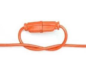 Truco para mantener cables de electricidad  conectados