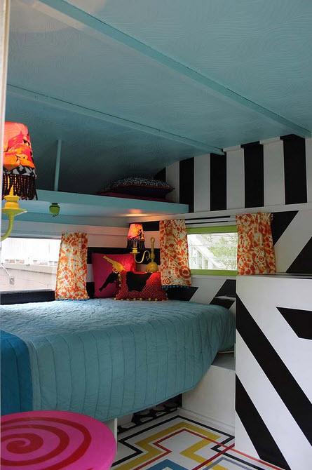 Dise o original de peque a casa rodante for Diseno de interiores de casas pequenas fotos