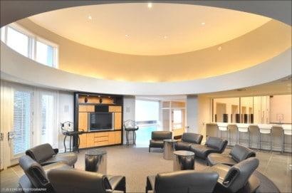 Diseño de salon para películas de casa de lujo