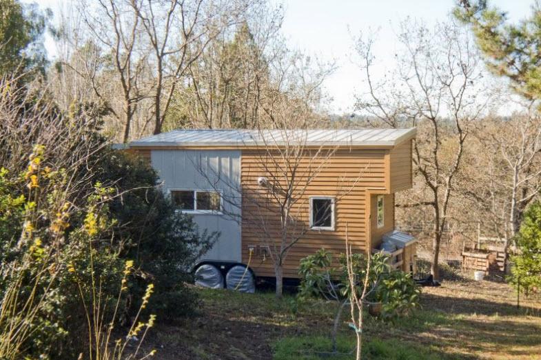 Dise o de peque a casa rodante de madera y dise o de for Bar rodante de madera