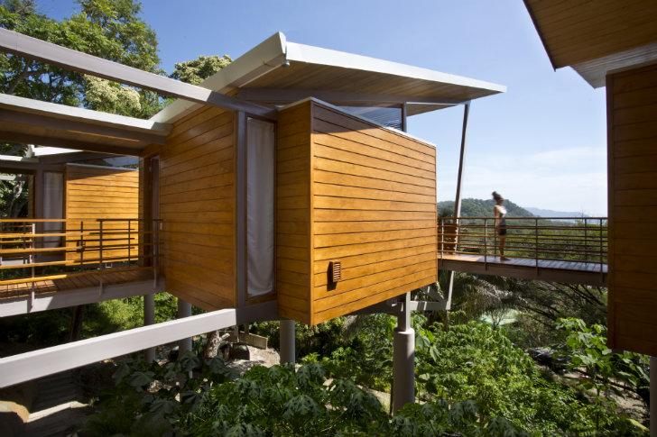 Dise o de casa de madera para zonas c lidas o tropicales for Fachadas de casas modernas tropicales