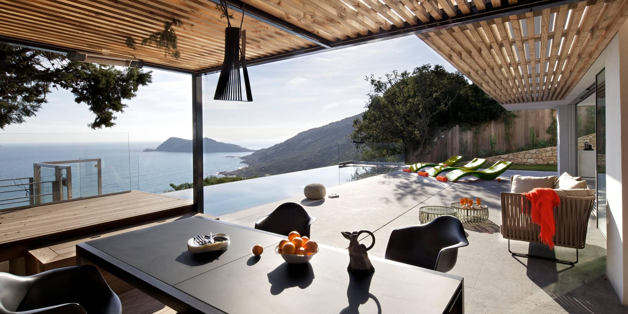 Casa de dos pisos en la playa incluye fachada y dise o de - Diseno de chimeneas para casas ...