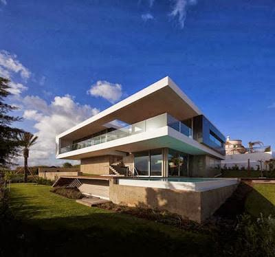 fachada y planos de una casa moderna frente al mar | construye hogar