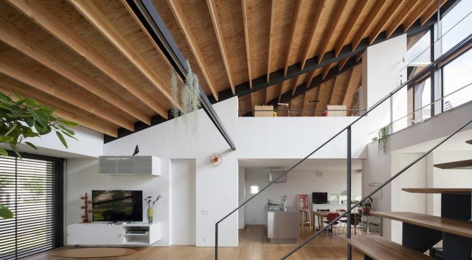 Dise o de casa moderna de un piso con techo en pendiente for Disenos techos minimalistas