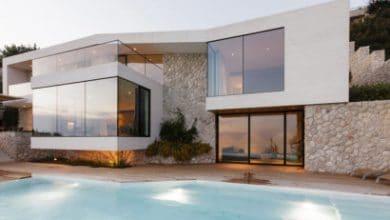 Photo of Diseño de moderna casa de playa V2 de 3HLD, fachada y planos