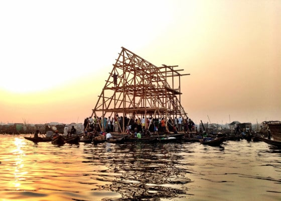 Armado de la estructura de casa flotante
