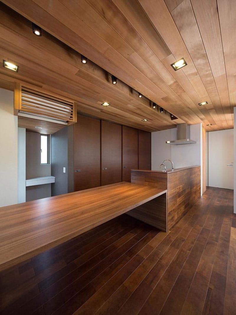 Dise o de moderna casa de dos plantas con planos de for Techos madera interior