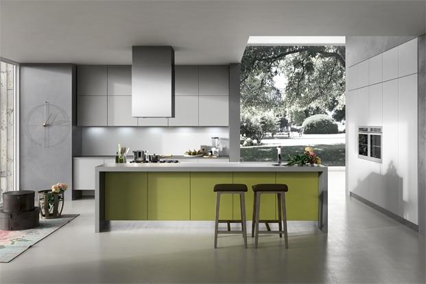 Dise o de cocinas elegantes combina l neas simples en for Cocinas modernas en gris y blanco