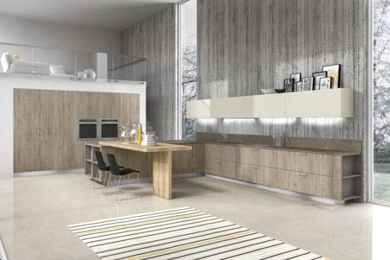 Cocina con muebles pequeños