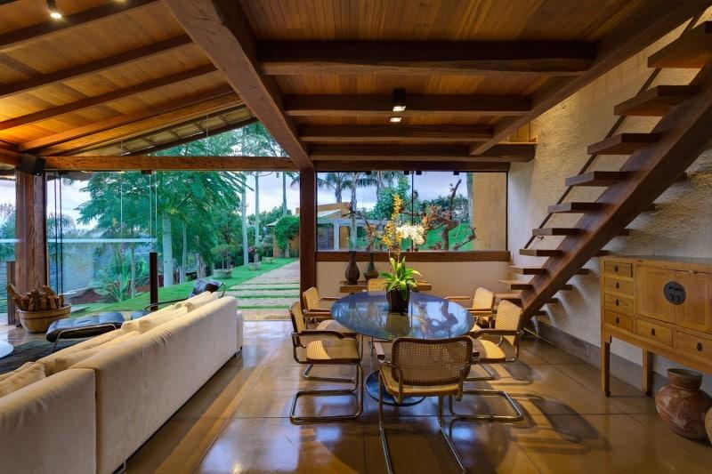 Dise o de casa de campo planos interior y fachadas for Escaleras interiores casas rusticas