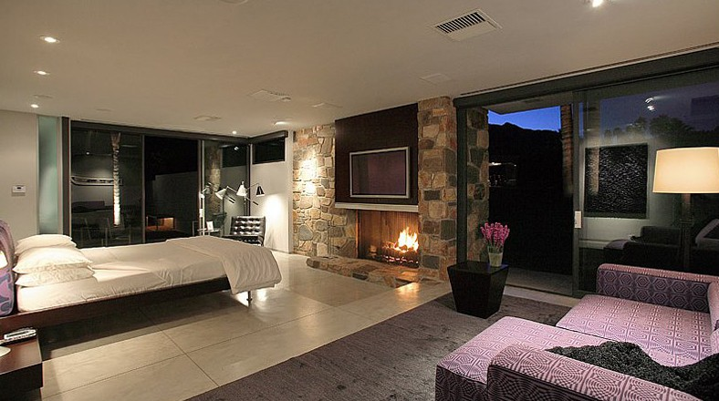 Dise o de casa grande con piscina de leonardo dicaprio for Interni di case eleganti