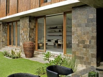 Casas r sticas construye hogar part 3 - Materiales para fachadas de casas ...