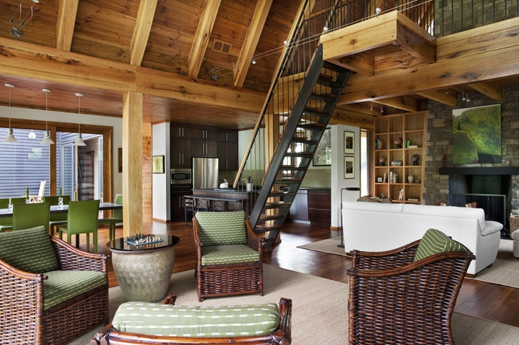 Dise o de casa rural de madera y piedra fachada e for Diseno y decoracion de casas