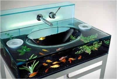 Diseño de lavabo de cristal pecera