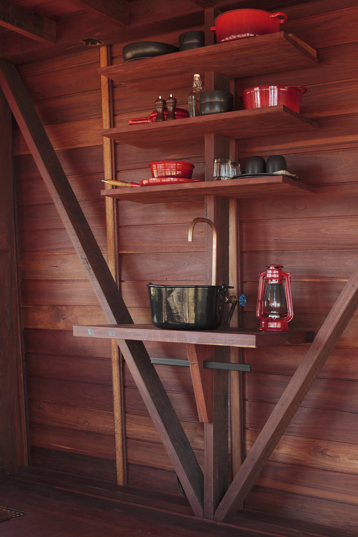 Dise o de casa peque a de campo interiores y planos for Diseno de interiores para casas pequenas