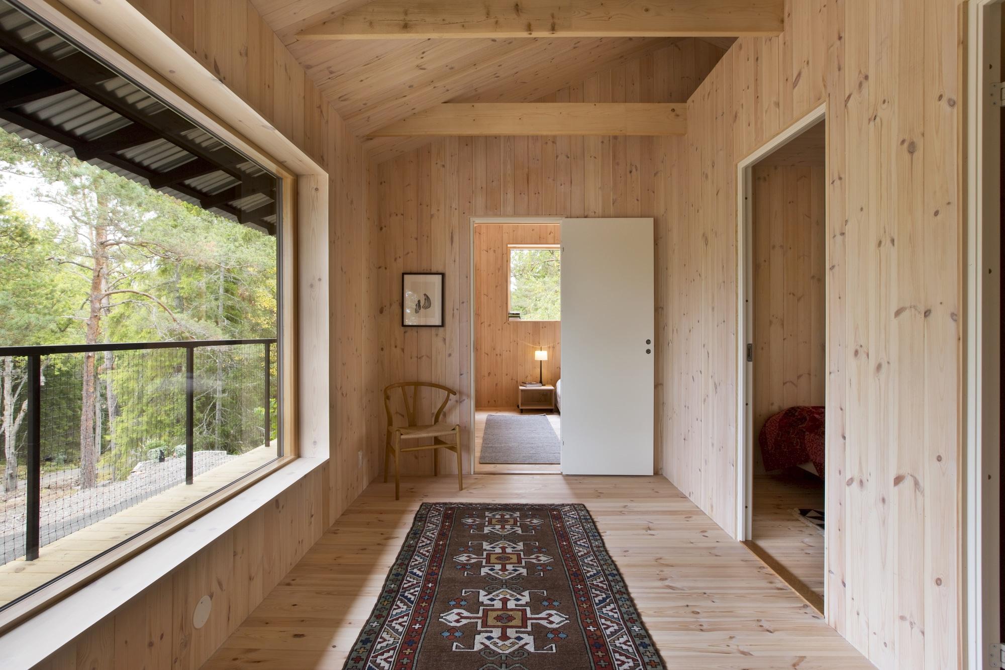 Dise o de casa peque a de madera fachada planos interior Disenos de casas contemporaneas pequenas