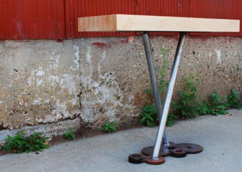 Diseño de pequeña mesa reciclada