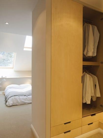 Diseño de vestidor de casa delgada