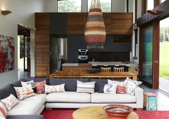 Diseño de cocina comedor y sala de aspecto rústicomoderno