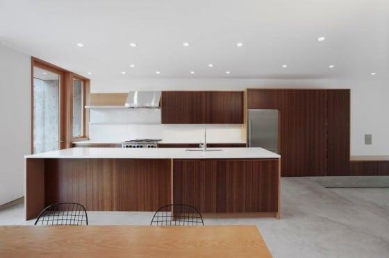 Diseño de cocina de casa de dos niveles