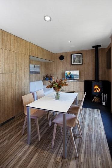 Diseño de comedor de casa prefabricada