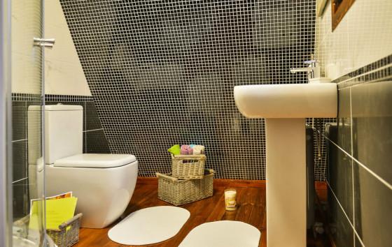 Diseño de cuarto de baño de casa pequeña