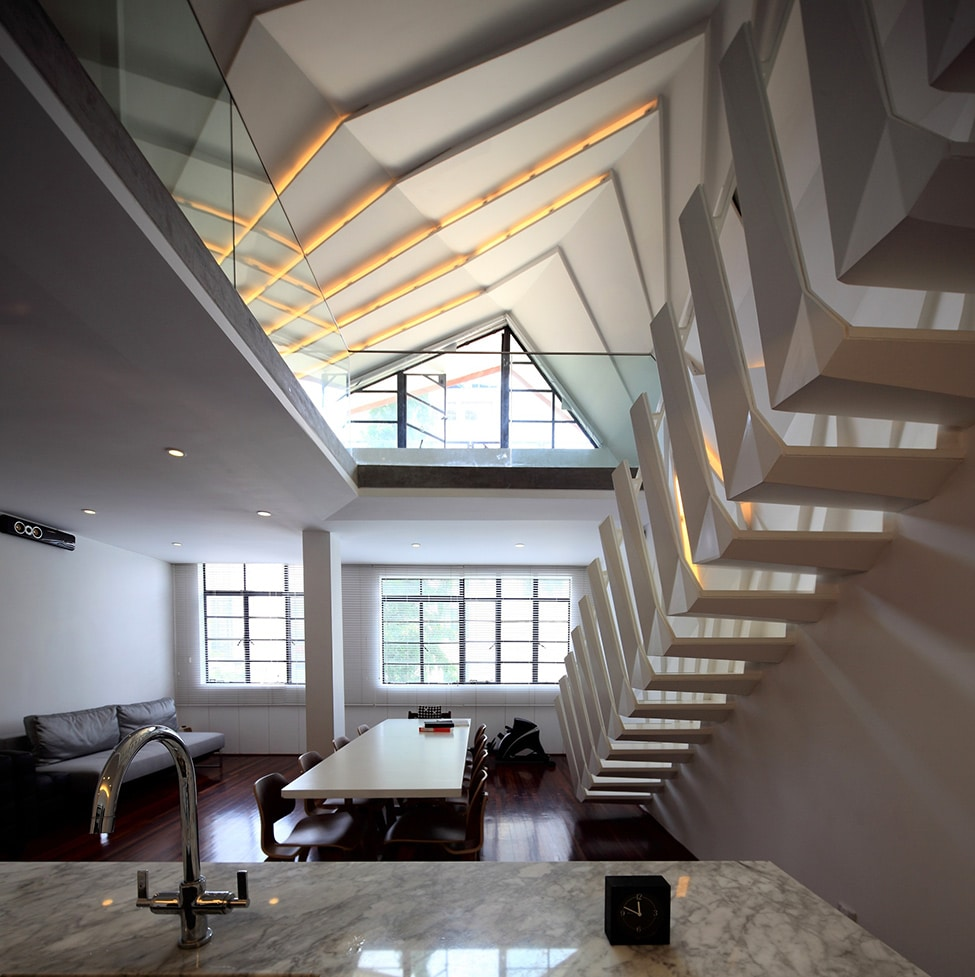 Dise o de apartamento peque o tipo duplex sofisticado for Diseno de interiores apartamentos modernos