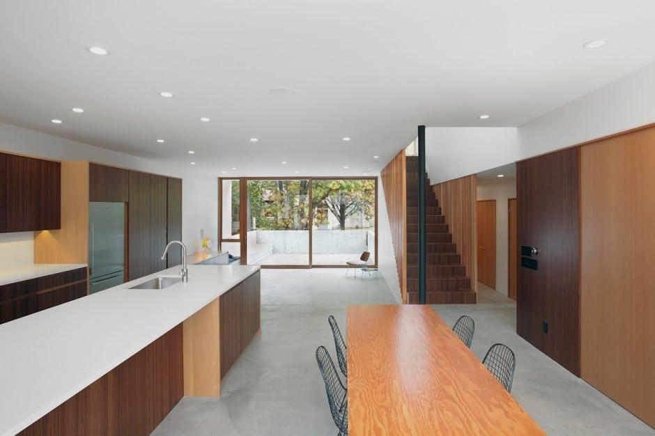 Planos de casa de dos pisos en terreno peque o construye for Pisos para comedor