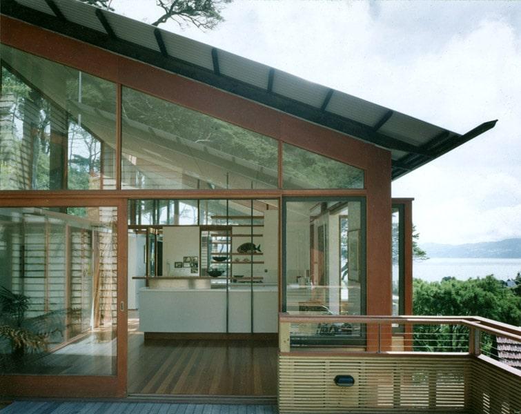 Dise o de casa en la monta a fachada interior y maqueta for Techos exteriores modernos