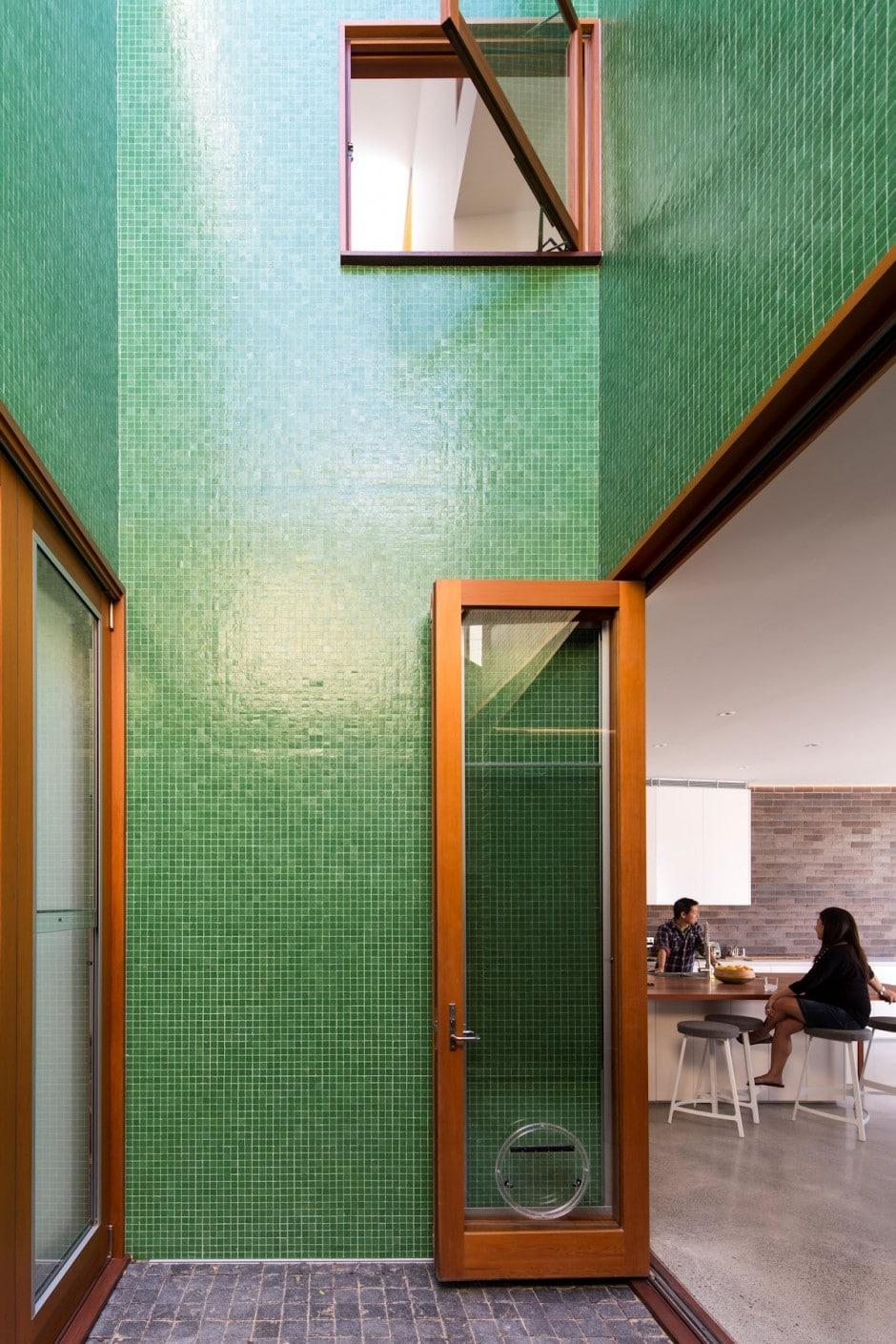 Dise o de casa moderna de dos pisos en terreno largo - Pisos de diseno en barcelona ...
