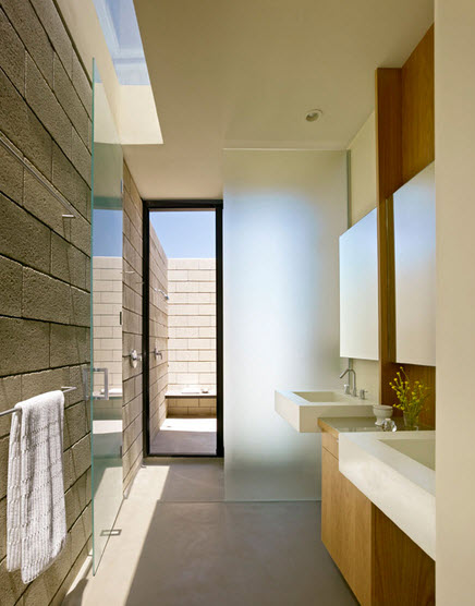 Dise o de casa moderna de un piso de ladrillo caravista for Puertas que abren hacia afuera