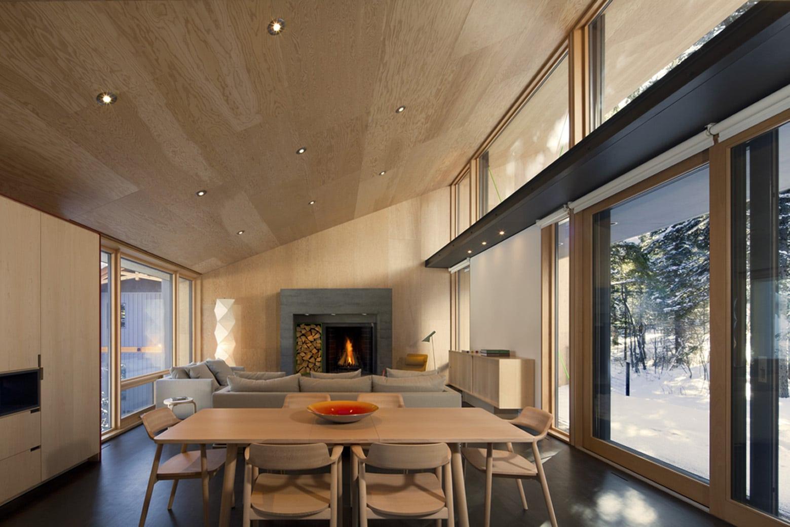 Dise o de casa dividida en dos partes planos e interiores for Donde se estudia diseno de interiores
