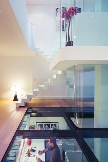 diseño de interiores de casa pequeña moderna, iluminación