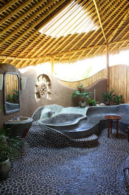 Dise os de cuartos de ba o originales con creativos for Disenos de banos con piedras