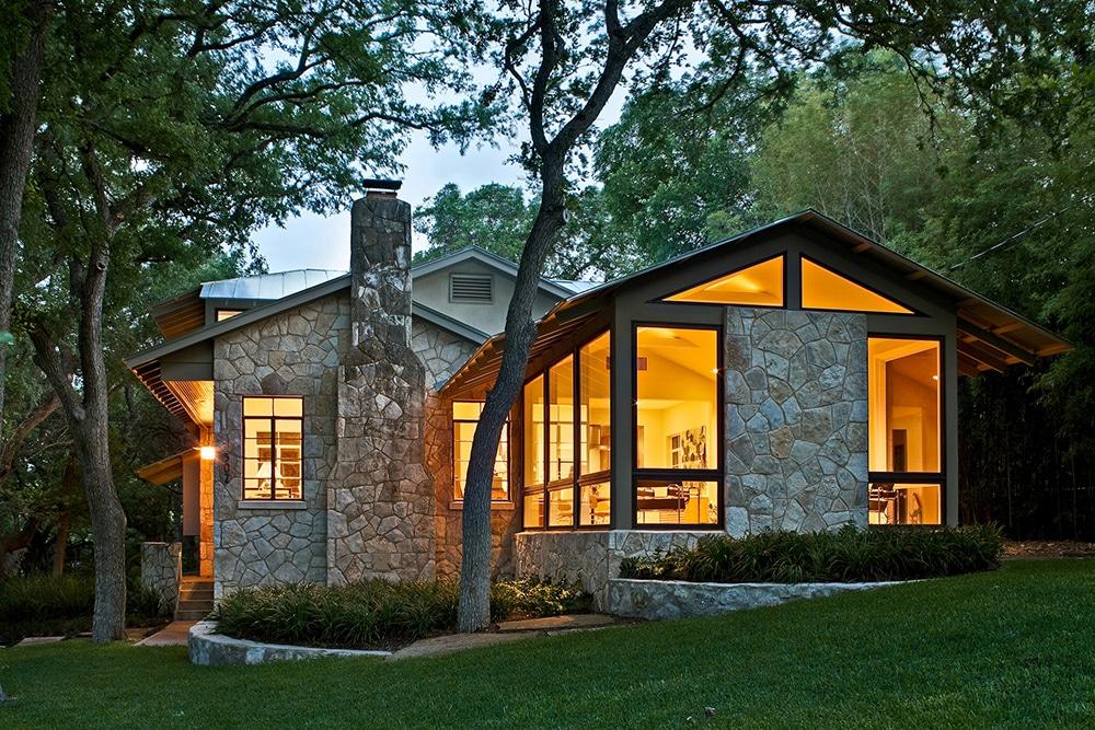 Fachada de casa r stica donde incluimos dise o interior - Casas de piedra y madera ...